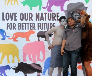 "Berselfie Ria di ""Love Our Nature for Better Future"""